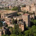 Alhambra Tour mit Eintrittskarten und lokaler Führung + Panoramaflug