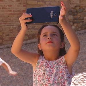 Audioguia Infantil Alhambra Video Cuento 3D - El Castillo Rojo