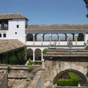 Private Alhambra Tour with Tickets and Guide