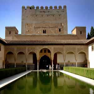 ticket guide and tour on alhambra palace of granada spain. Black Bedroom Furniture Sets. Home Design Ideas